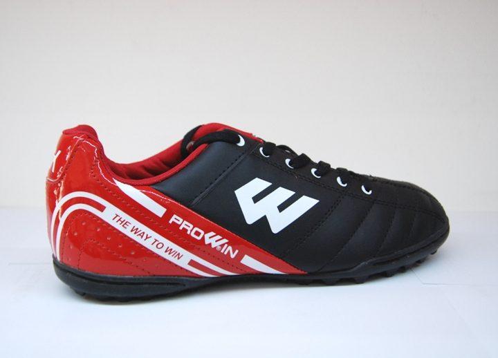 Giày Đá Bóng Prowin FM783 với 5 màu dễ lựa chọn